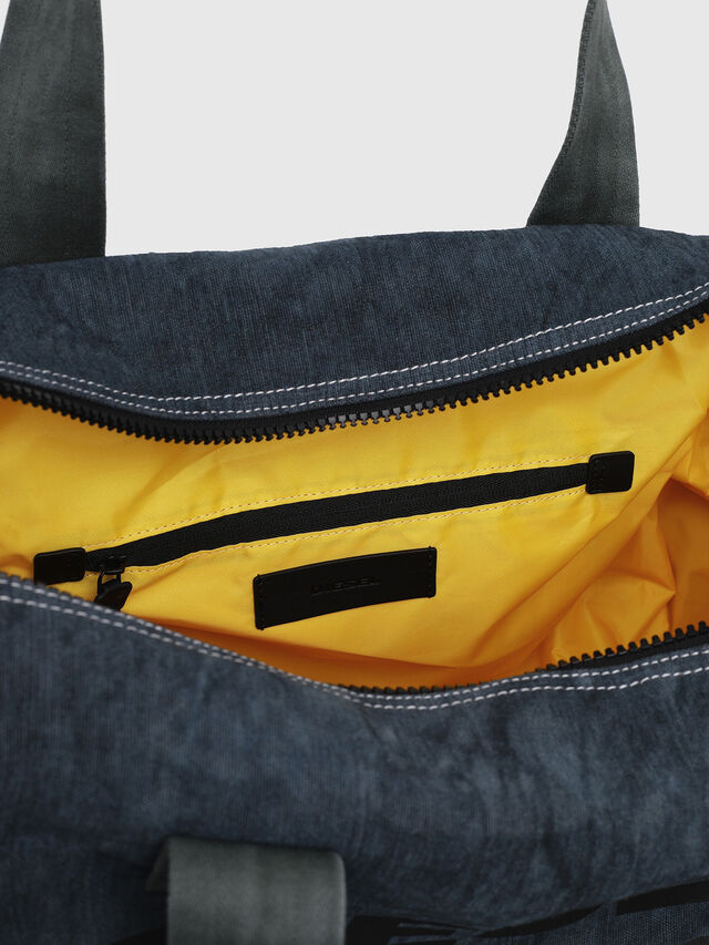 Diesel - D-THISBAG TRAVEL BAG, Blue Jeans - Travel Bags - Image 4