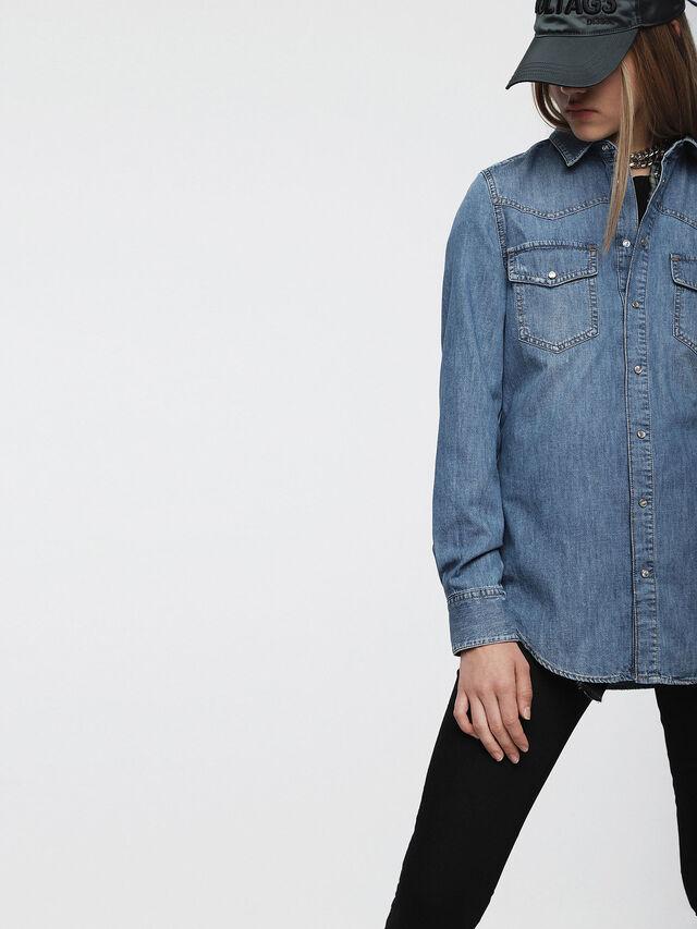 Diesel - DE-RAFFA, Blue Jeans - Denim Shirts - Image 3