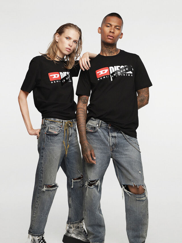 Diesel - HC-T-JUST-DIVISION-A, Black - T-Shirts - Image 1