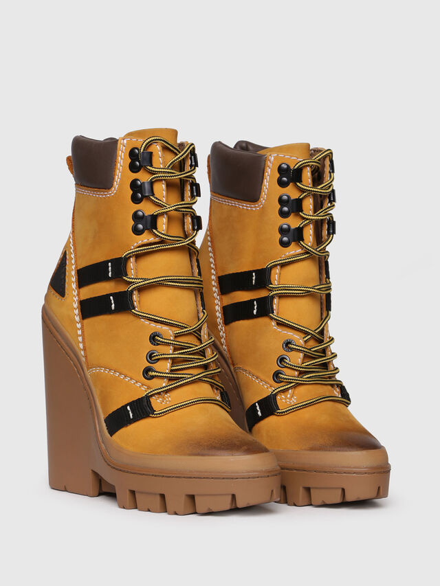 Diesel - D-VIBE MB, Yellow Ocher - Ankle Boots - Image 2