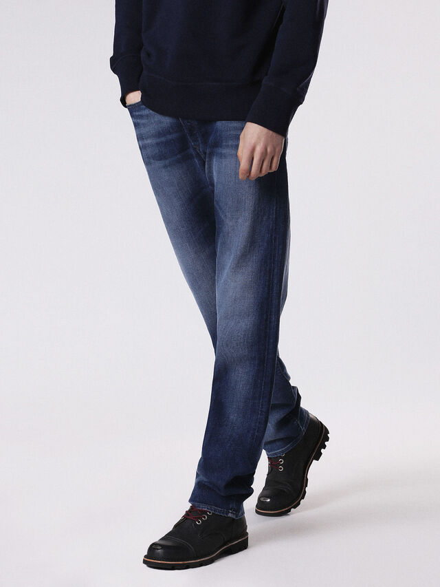 Diesel - THYTAN 084GR, Blue jeans - Jeans - Image 1