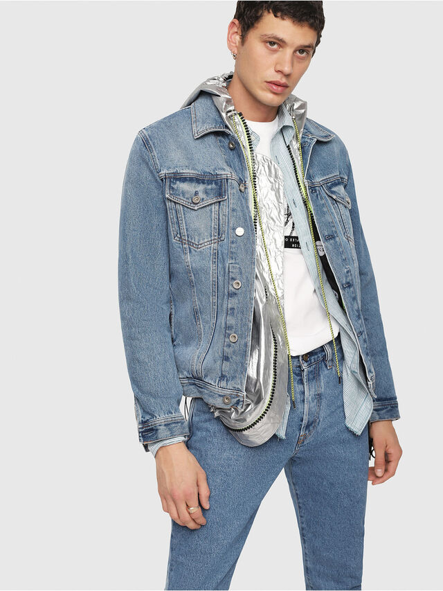 dd1b86f37 NHILL Men: Trucker jacket in vintage-wash denim | Diesel