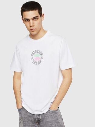 23597c92ffd2 Mens T-shirts  logo