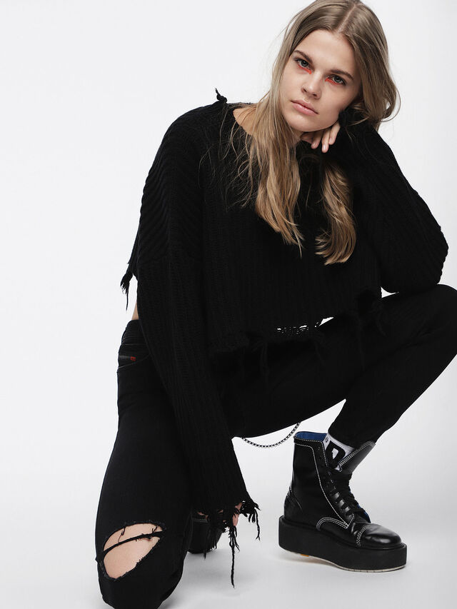 Diesel - D-CAGE HB, Bright Black - Ankle Boots - Image 5
