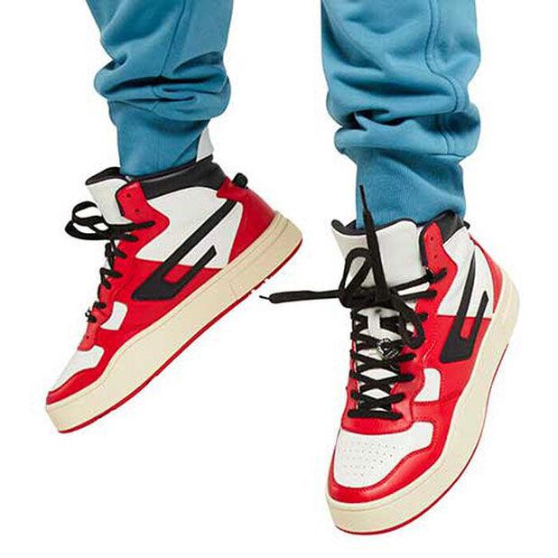 "<div class=""module-8__title""><div class=""pd-heading__container"">             <h3 class=""pd-heading pd-h3-style pd-text-align-left pd-heading-small""  style='' >          Men's Shoes     </h3> </div><div class=""pd-icon"">                                        <style>             #icon-arrow-cta-bd45402fe80999bab730f68bcd{                 fill:;             }             </style>                  <svg id=""icon-arrow-cta-bd45402fe80999bab730f68bcd"" class=""icon-arrow-cta"">             <use xlink:href=""/on/demandware.static/Sites-DieselUS-Site/-/default/dwcdc034dd/imgs/sprite.svg#arrow-cta""/>         </svg>         </div></div>"