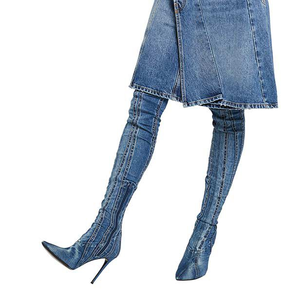 "<div class=""module-8__title""><div class=""pd-heading__container"">             <h3 class=""pd-heading pd-h3-style pd-text-align-left pd-heading-small""  style='' >          Women's Shoes     </h3> </div><div class=""pd-icon"">                                        <style>             #icon-arrow-cta-5d47cc2d3310399161d3e85060{                 fill:;             }             </style>                  <svg id=""icon-arrow-cta-5d47cc2d3310399161d3e85060"" class=""icon-arrow-cta"">             <use xlink:href=""/on/demandware.static/Sites-DieselUS-Site/-/default/dwcdc034dd/imgs/sprite.svg#arrow-cta""/>         </svg>         </div></div>"