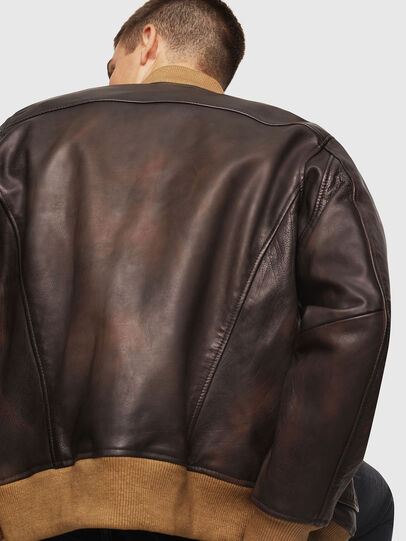 Diesel - L-OIUKI, Brown - Leather jackets - Image 3
