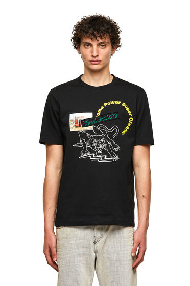 T-shirt with graphic prints