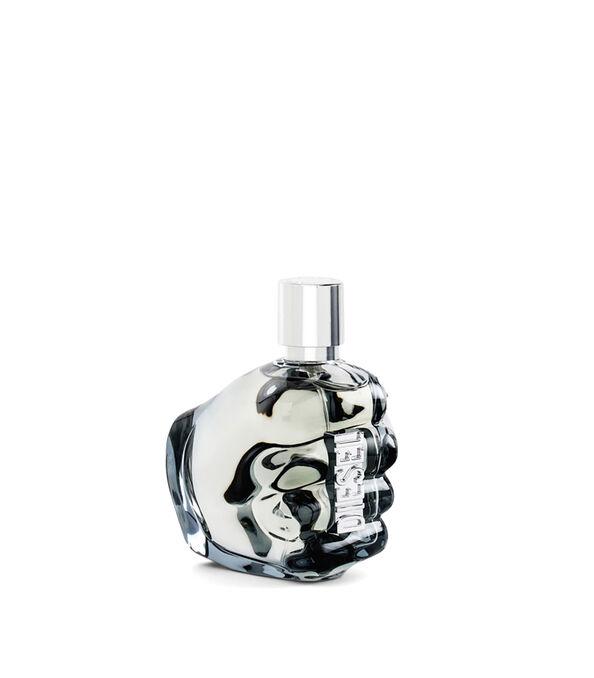 https://shop.diesel.com/dw/image/v2/BBLG_PRD/on/demandware.static/-/Sites-diesel-master-catalog/default/dw0a98a7c3/images/large/PL0124_00PRO_01_O.jpg?sw=594&sh=678
