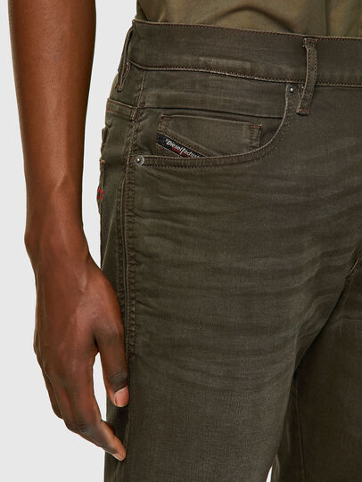 Diesel - D-Fining Tapered Chino 0699P, Military Green - Jeans - Image 3