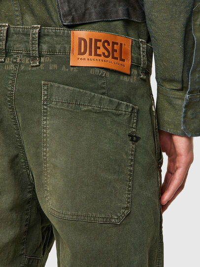 Diesel - D-Azerr Straight JoggJeans® 069WH, Military Green - Jeans - Image 3