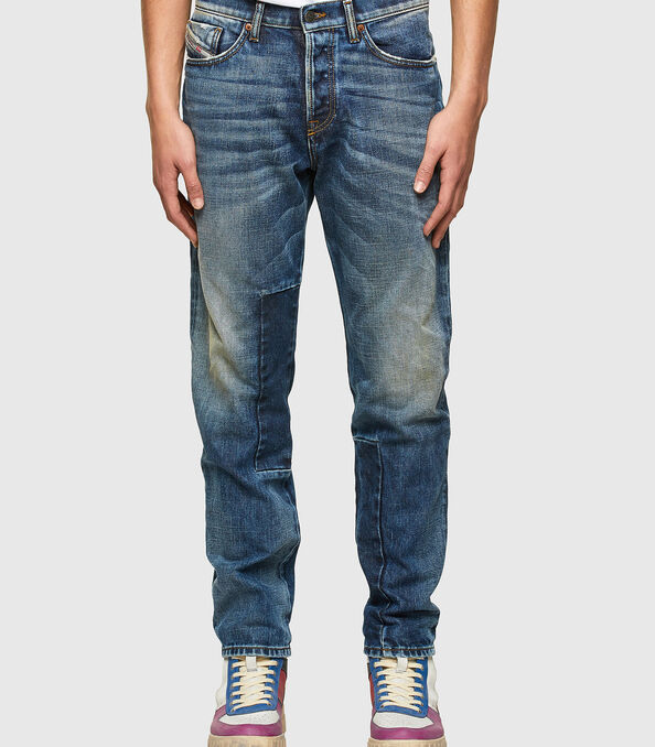 https://shop.diesel.com/dw/image/v2/BBLG_PRD/on/demandware.static/-/Sites-diesel-master-catalog/default/dw20cf85a9/images/large/A02237_009SV_01_O.jpg?sw=594&sh=678