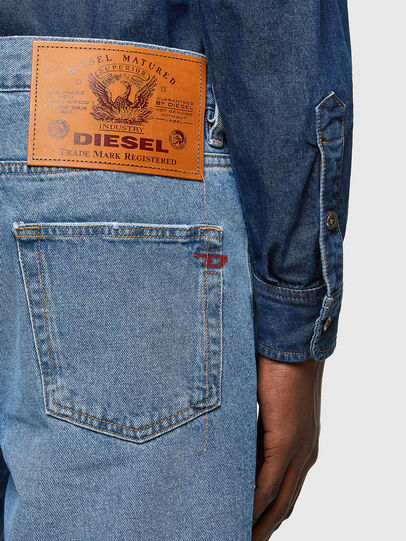 Diesel - D-STRUKT-SHORT, Light Blue - Shorts - Image 4
