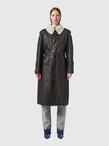 Canvas coat with detachable lining