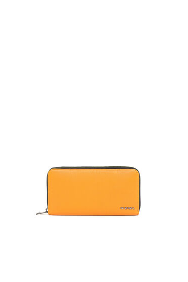 Zip-around wallet in grained leather