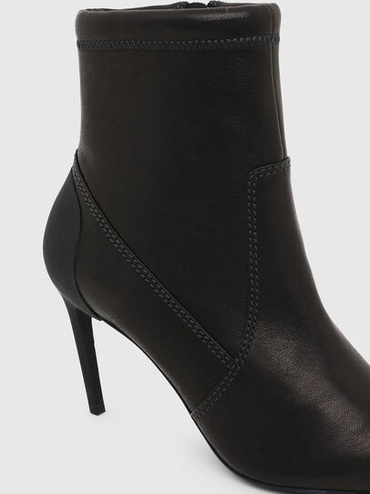 Diesel - D-SLANTY MABZ, Black - Ankle Boots - Image 5