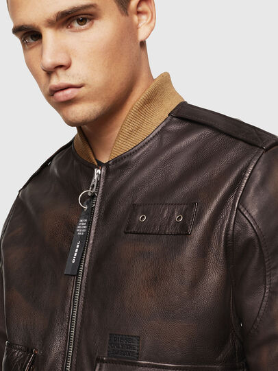 Diesel - L-OIUKI, Brown - Leather jackets - Image 5