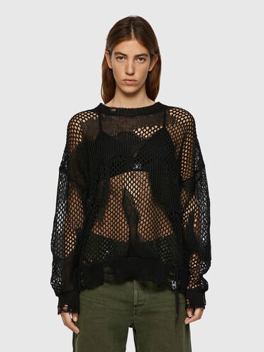 Open-knit pullover with destroyed trims