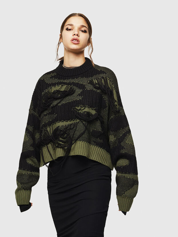 M-KAM, Black/Green - Sweaters