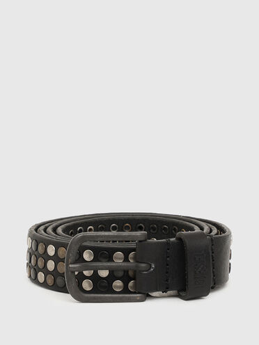 Leather belt with contrasting studs