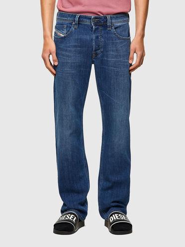 Straight Jeans - Larkee