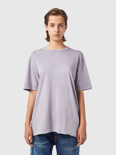 T-shirt with embroidered details