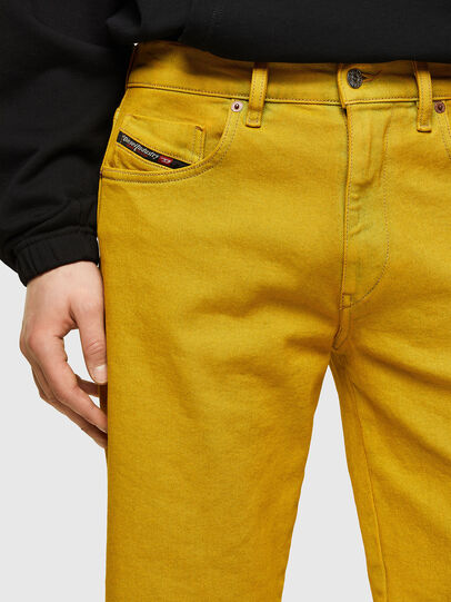 Diesel - D-STRUKT-SHORT-SP, Yellow - Shorts - Image 3