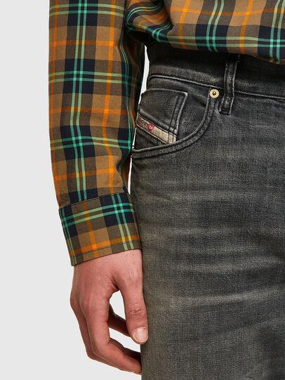Diesel - D-Fining Tapered Jeans 09A73, Black/Dark Grey - Jeans - Image 4