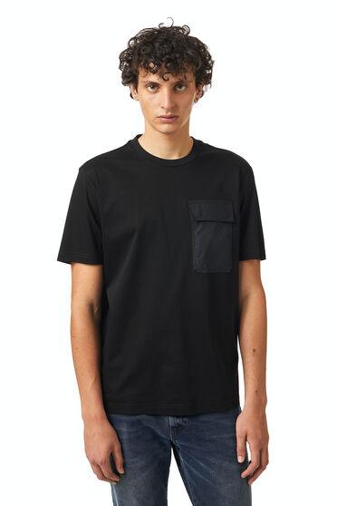 T-shirt with poplin pocket