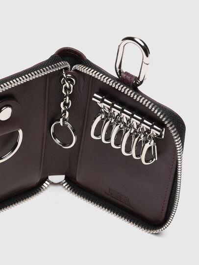Diesel - CLE, Plum - Bijoux and Gadgets - Image 6