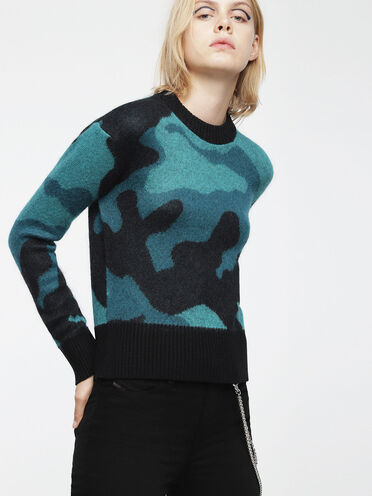 Wool sweater with camouflage motif