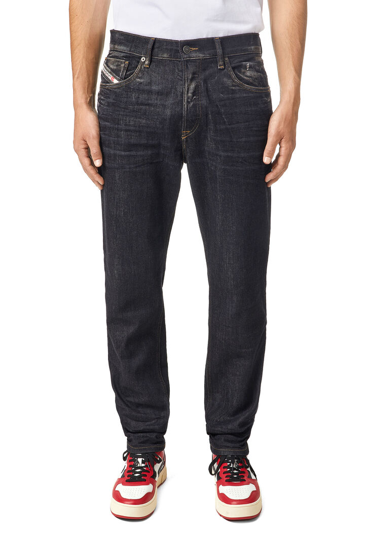 D-Fining Tapered Jeans 09A87,