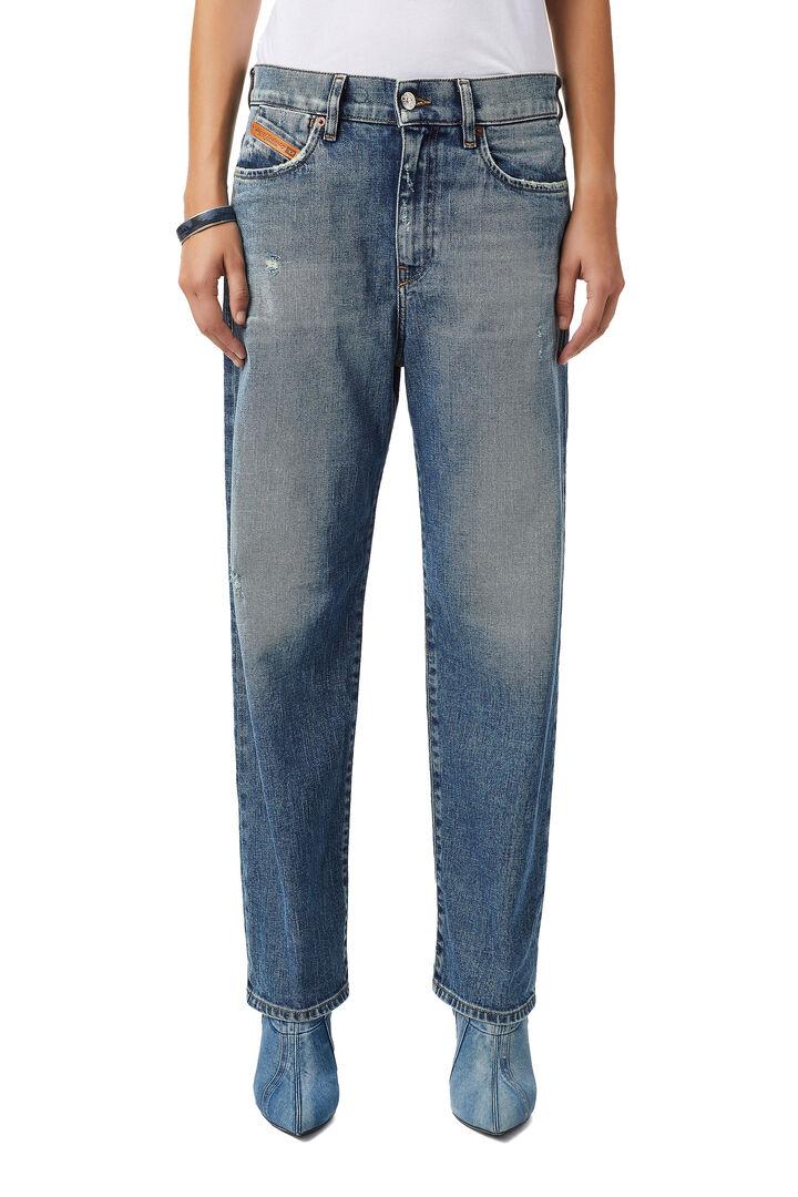 D-Air Boyfriend Jeans 09B17,