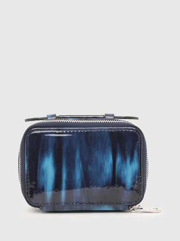 Mini-bag wallet in patent leather
