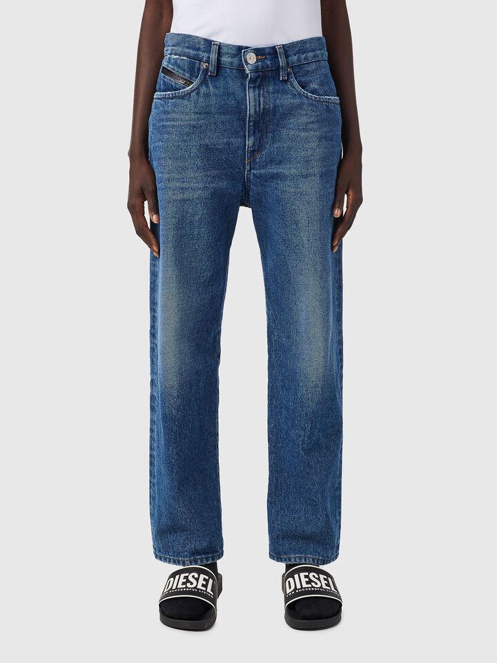 D-Air Boyfriend Jeans Z079Y,