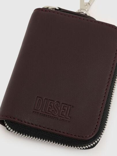 Diesel - CLE, Plum - Bijoux and Gadgets - Image 4