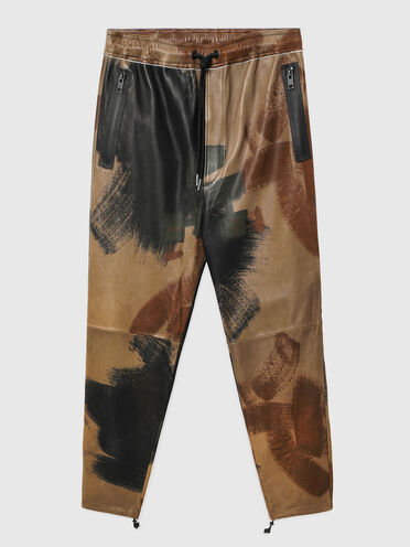 Drawstring pants in printed leather